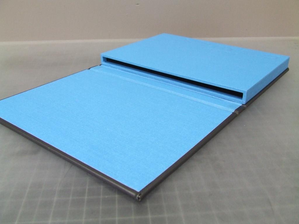 Mullenberg Designs iPad Presentation Case: Jason Dewey