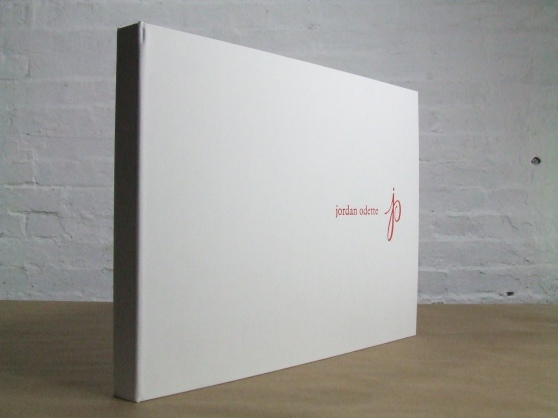 Full Case portfolio in white portofino / leatherette